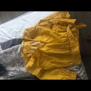 Madewell mustard yellow white star wrap tee